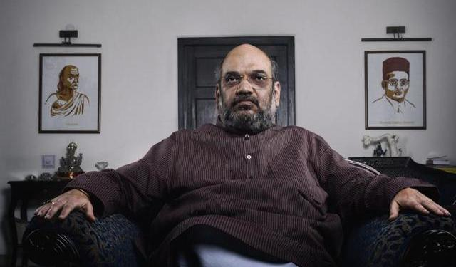 Amit Shah starts clean up drive in Home Ministry, tainted Babus to be out